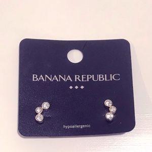 NEW Banana Republic Sparkle Earrings